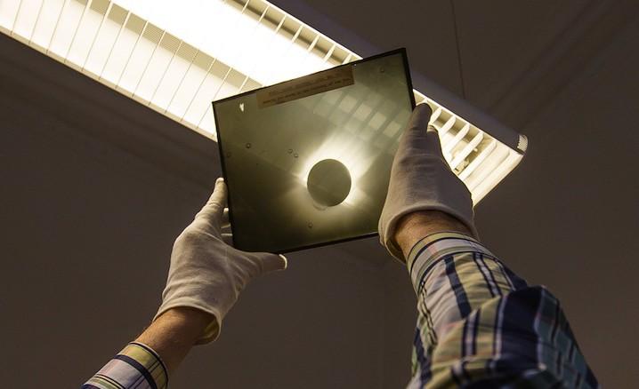 copia lastra eclissi 29 maggio 1919